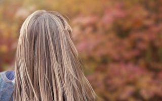 23歲準新娘從未剪過長髮 上電視變身讓未婚夫笑不攏嘴