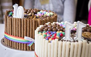 他給11歲小妹取生日蛋糕 驚見盒中心碎字條 結局感人