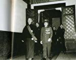 1949年除了撤退,蒋介石还做了哪些事?