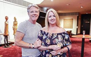 「三生有幸」英企業老闆夫婦澳洲度假看神韻