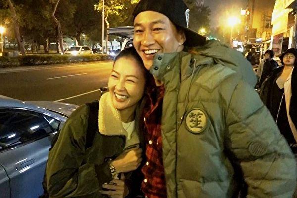 何润东犒赏老婆客串 片场感性晒甜蜜