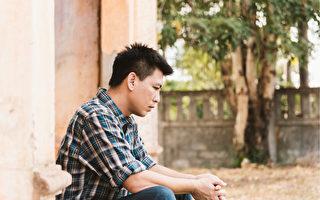 男性更年期比女人还早?40岁后这些症状要小心