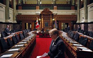5週通過7條新法 省議會被批動作太慢