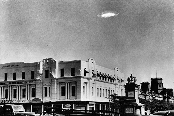 """捕捉到UFO 美战机飞行员惊呼""""我的天啊"""""""