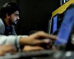 中印职业移民大排长龙 H-1B核发数增长