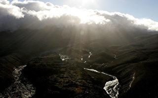 新西兰鲁阿佩胡活火山附近发生4.4级地震