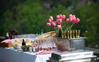 赴晚宴勿按時到! 八條現代訪客禮儀規則知多少?