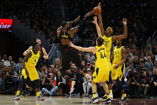 NBA骑士抢七战胜步行者 晋级次轮战猛龙