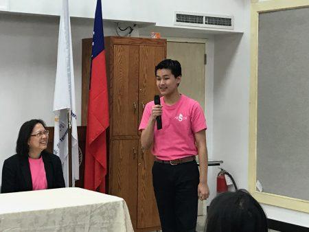 华生潘佳仁分享,文化志工经历给予他提升。