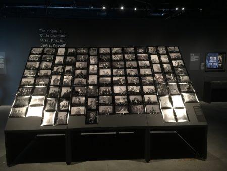 纽约市犹太人大屠杀纪念馆一角。