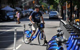 共享单车新潮流 无站点停靠今夏试点