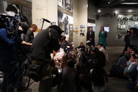 4月12日纽约市犹太人大屠杀纪念馆一角。