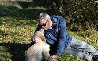 動物向人類的友善撒嬌動作超逗趣 親臉頰名列第一