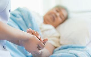 奶奶心臟停跳30分鐘 小孫子的一句話 讓她立即復活