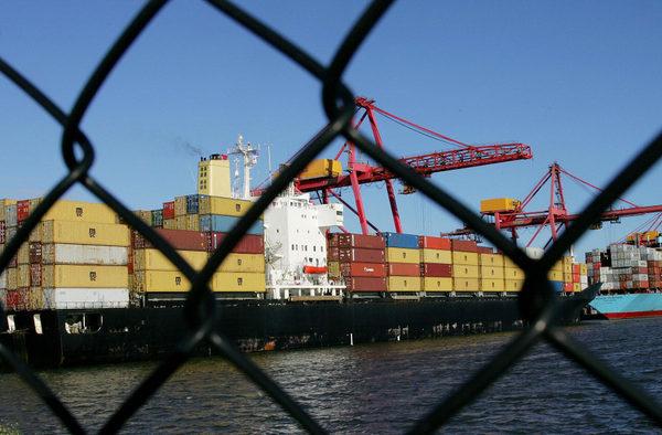 官媒承認貿易戰對中共構成「嚴峻挑戰」