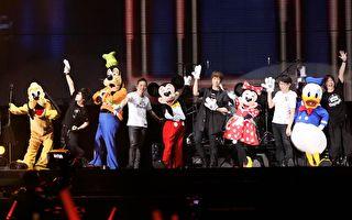 五月天香港热唱六场 迪士尼明星助阵勾童心