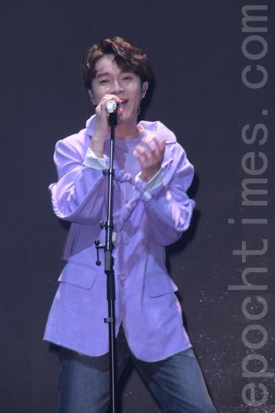 吳青峰為春浪總彩攜新合作樂手公開首唱新歌