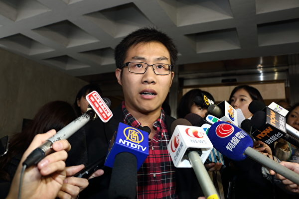 近日,香港舉行《國歌法》本地立法公聽會。圖為社會民主連線外務副主席黃浩銘在表達意見。圖為資料圖。(蔡雯文/大紀元)
