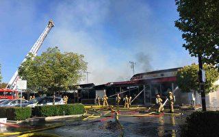 (組圖)聖蓋博一廣場被燒 疑縱火