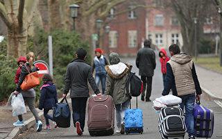 德移民局官员涉渎职数千难民申请案将重审