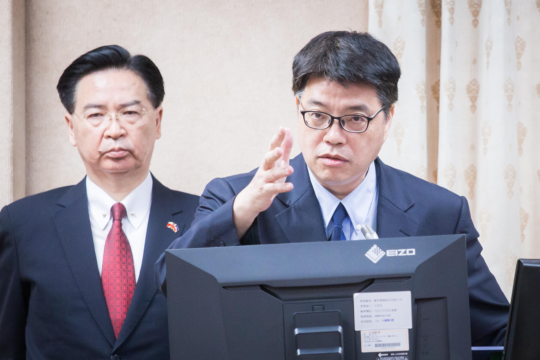 中共官媒在台製政論節目 二記者被令七月三日離境