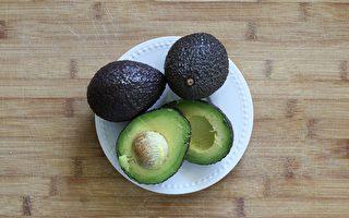 好脂肪吃多了,也可能导致脂肪肝。(Pixabay)