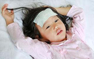 孩子發燒幾度去醫院?安全退燒爸媽必知4件事