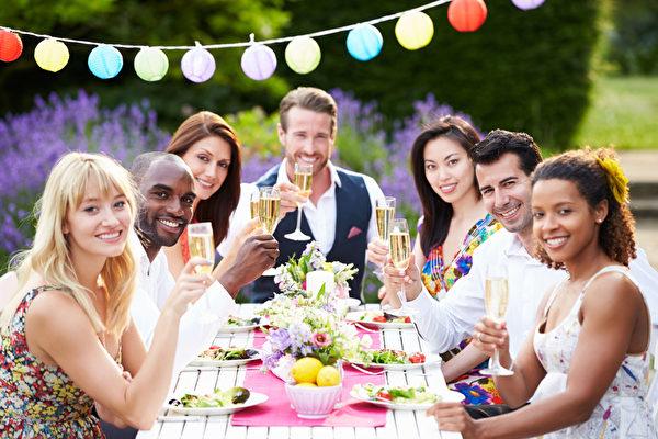 生活在美國 如何像紳士一樣用餐?