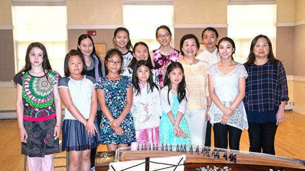 古箏學生傳揚傳統曲樂