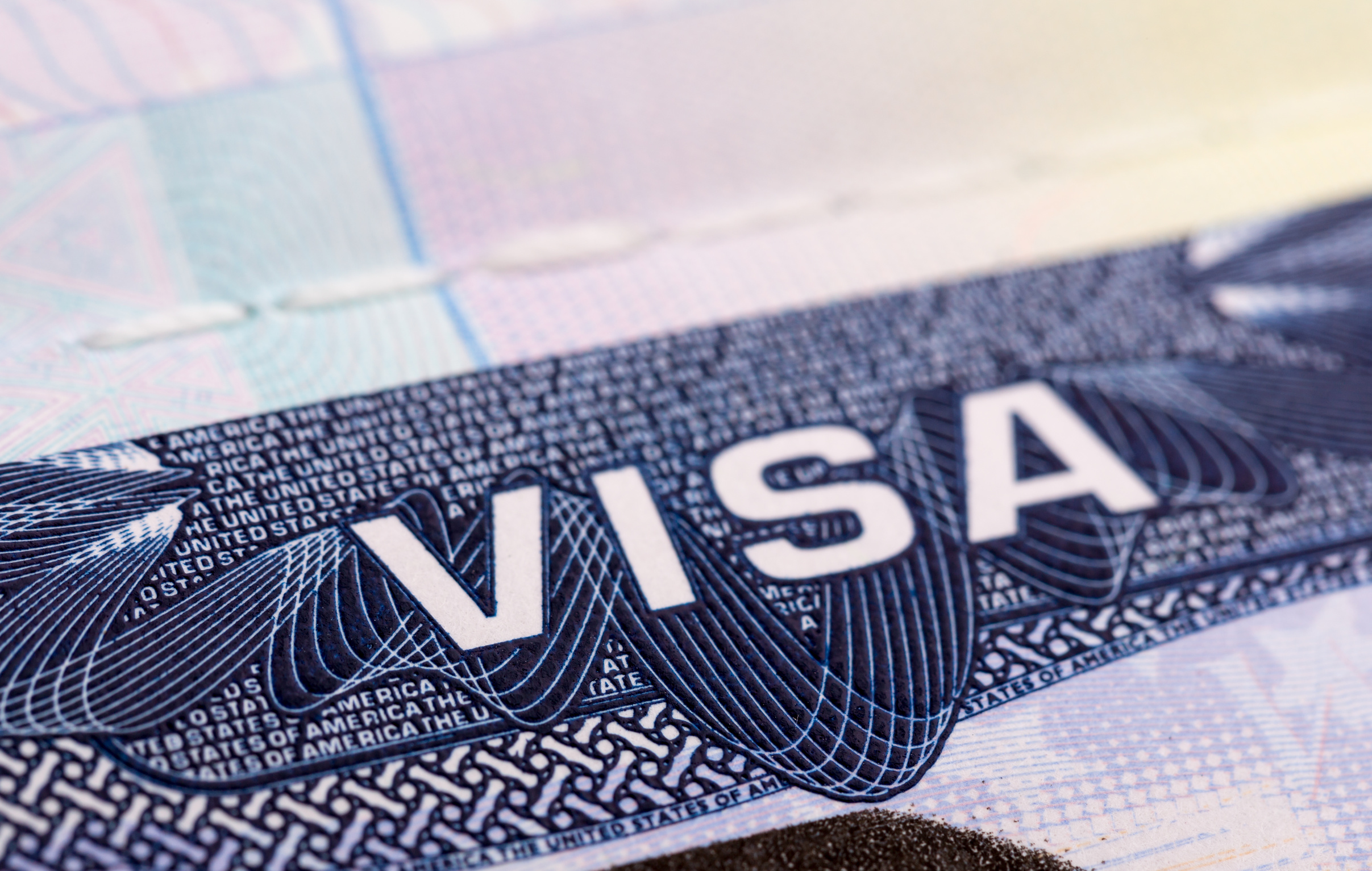 傳特朗普本周擬簽行政令 暫停臨時工作簽證