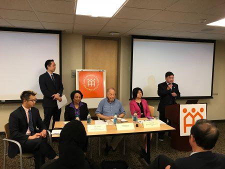市议员顾雅明表示支持研讨并制定法拉盛未来长远发展的规划。