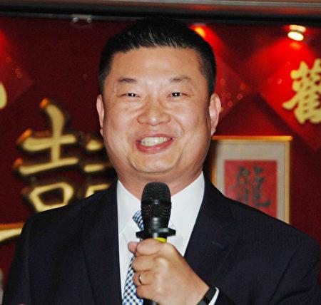 波士頓公校總監張欽棠辭職