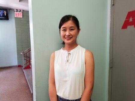 大学睦邻之家心理健康诊所主管黄文娟鼓励民众多参加心理健康急救培训。