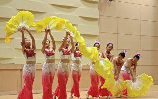 全国学生音乐、舞蹈、师生乡土歌谣竞赛获奖  县长徐耀昌接见表扬