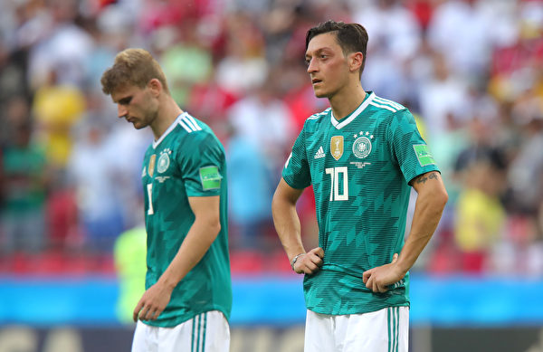 奧斯爾兩次出場球隊均負於對手,唯一一場沒有他的比賽,德國隊還真就贏了。莫非問題出在奧斯爾身上?(Alexander Hassenstein/Getty Images)