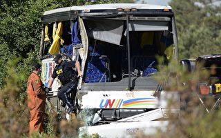 大陆35人旅行团 加国安省出车祸 1死24伤
