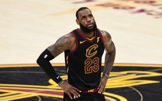 NBA总冠军赛落幕 詹皇去向成焦点