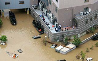 日本暴雨已致逾百人死亡 安倍取消外访