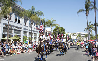 聖地亞哥慶獨立日 展現美國精神