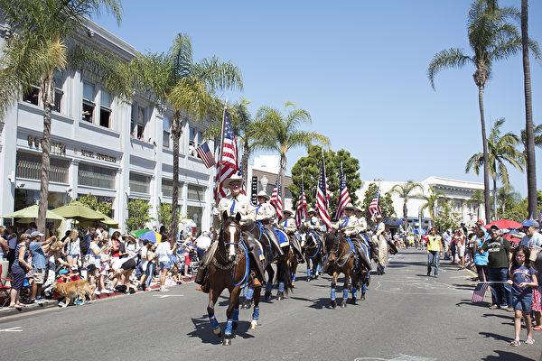 圣地亚哥庆独立日 展现美国精神