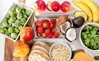 研究:多吃健康食物比少吃垃圾食品更重要