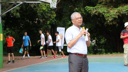 副市長張惠博代表市長涂醒哲,勉勵孩子們秉持運動家精神,大展身手、切磋球技。同時期許年輕世代拒絕不良選舉文化,學習在誠實客觀環境,創造美好未來。