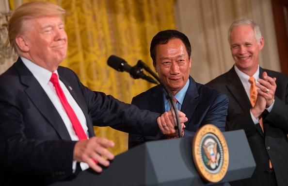 赴白宮見特朗普 郭台銘:談中美貿易與經濟