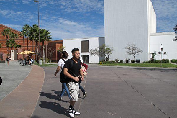 加大今秋新生36%為亞裔 轉學生增長多