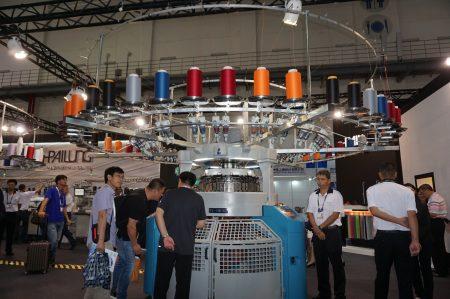 台灣製鞋機械揚名國際,全球品牌鞋有八成採用台灣機械。(李怡欣/大紀元)