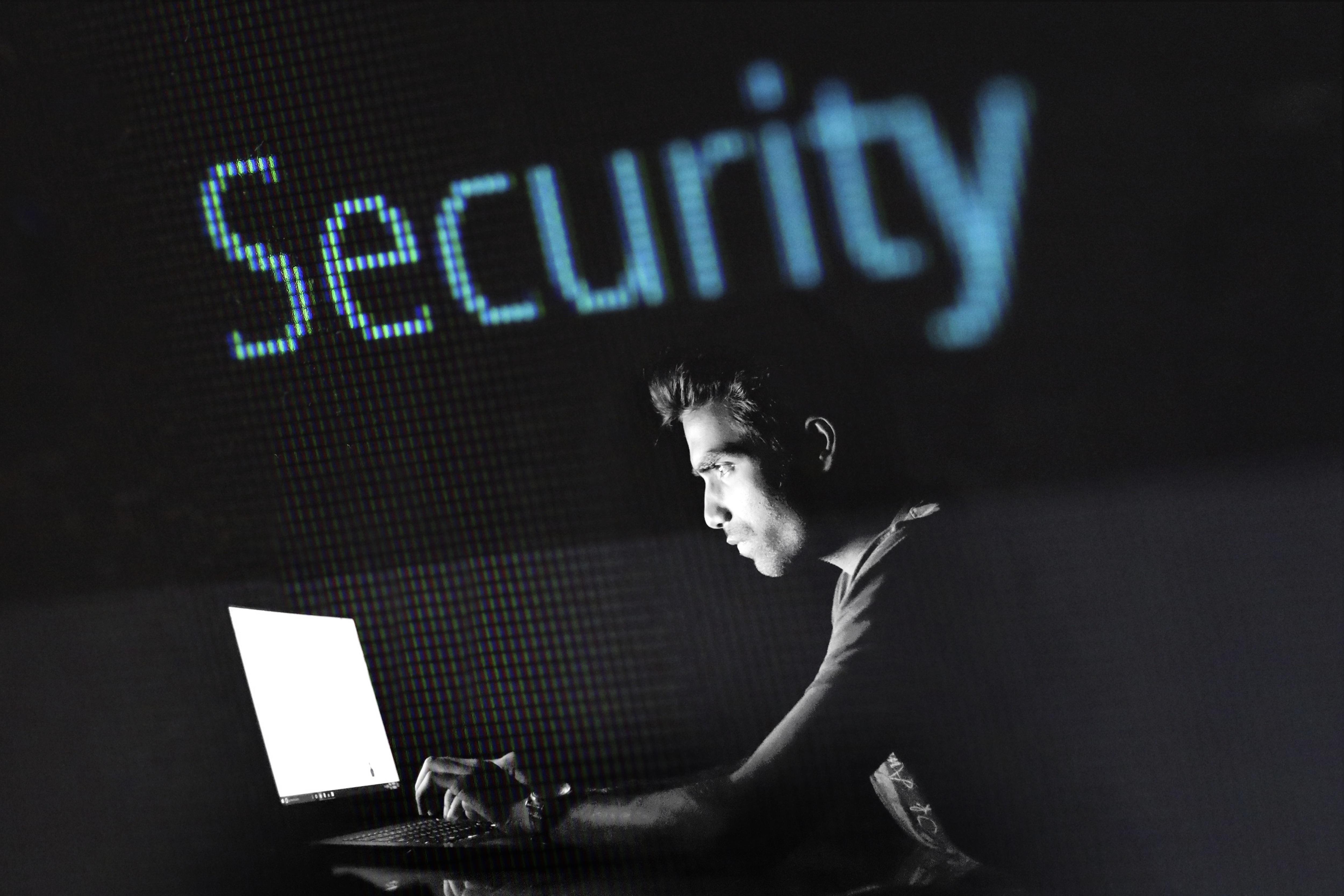 資料庫門戶大開 2億多中國人履歷遭外洩