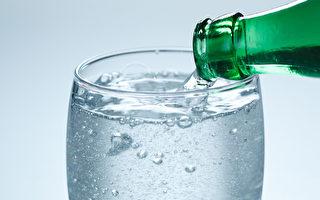 氣泡水和白開水一樣補水嗎?