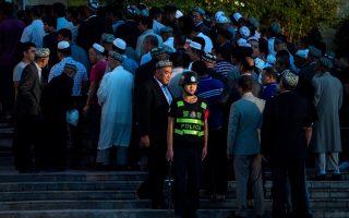 加维吾尔社区抗议中共拒绝关闭新疆集中营