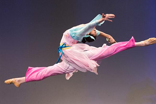 中國古典舞大賽高手雲集 50選手晉級複賽