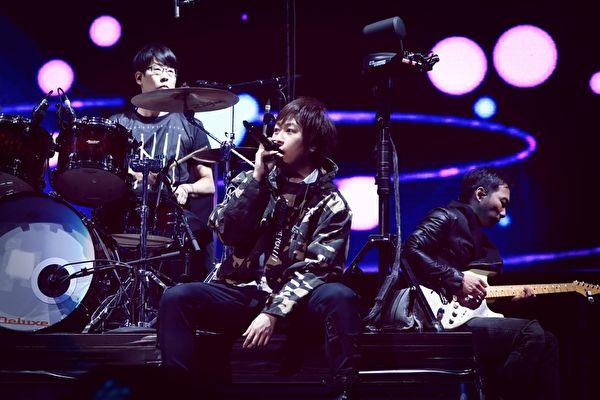 五月天巡演终站唱回台 连开十场在台中跨年